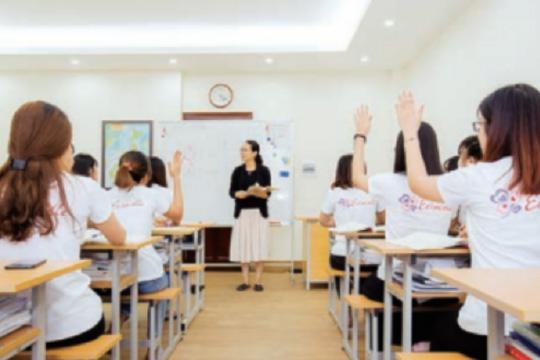 独自の入国前準備研修・介護福祉士実務者研修を実施